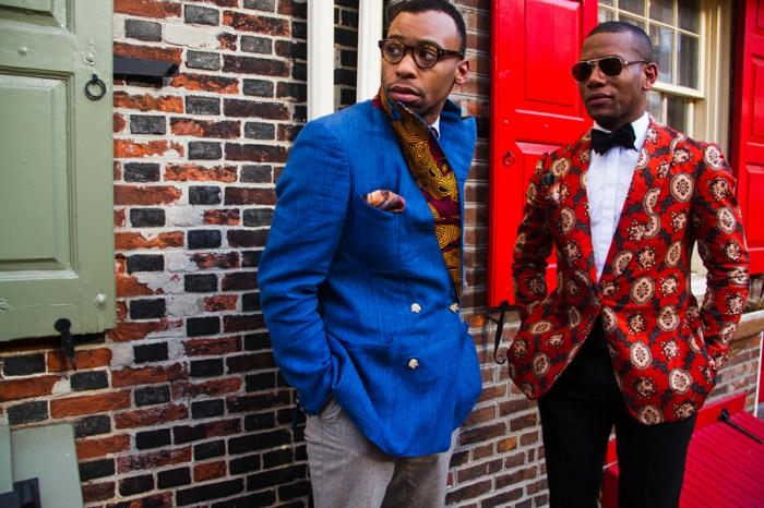 vêtements africains modernes, vestes colorées, costume homme motifs africains, maison en briques