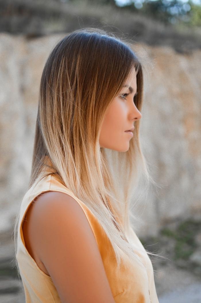 idée lissage permanent pour cheveux longs, traitement coloration tendance balayage blond sur cheveux de base marron