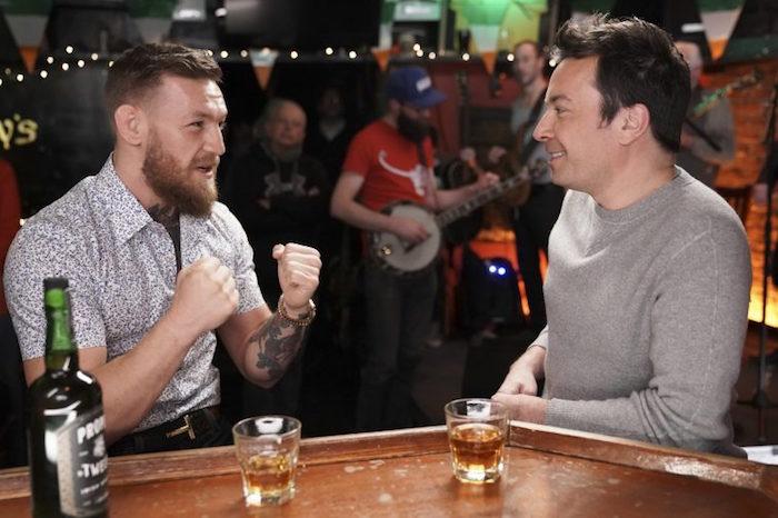 Conor McGregor a participé au Tonight Show de Jimmy Fallon la veille d'annoncer sa retraite sur Twitter et la divulgation par le New York Times des accusations d'agressions en Irlande
