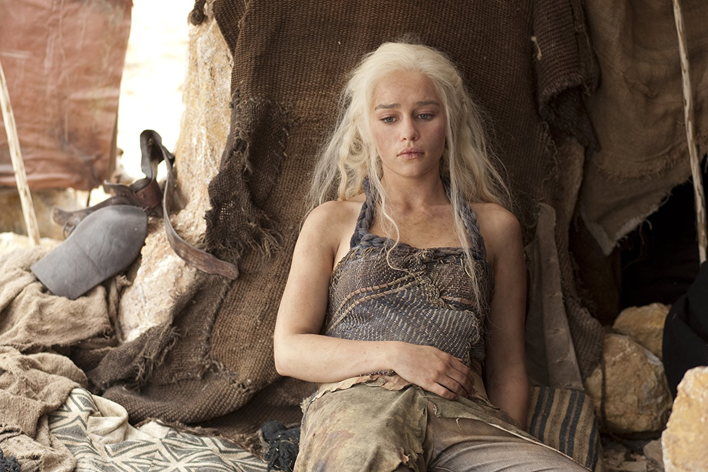 Emilia Clarke alias Daenerys Targaryen dans Game of Thrones se confie sur son avc et son hémorragie cérébrale