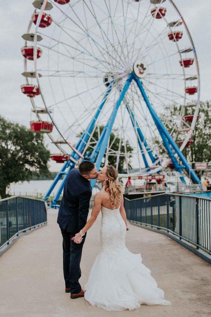 Roue panoramique pour un mariage à parc d'amusement, jeux mariage, jeu soirée anniversaire adulte, soirée spéciale
