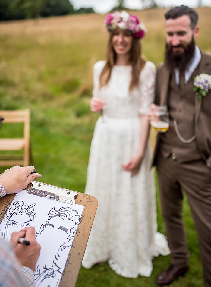 Caricaturist pour le mariage champetre, dessins immédiats pidée surprise mariage, jeux soirée, cocktail avec divertissement