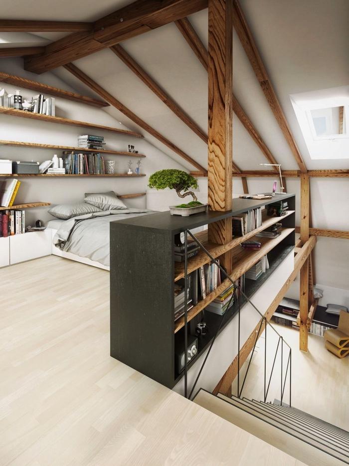 exemple d'aménagement des combles en espace de vie moderne, une chambre sous comble avec étagères murales ouvertes couvrant le mur entier et une petite bibliothèque jouant le rôle de meuble de séparation