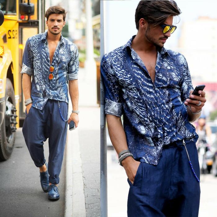 chemise bleue aux imprimés blancs, pantalon fluide bleu, vetement hipie chic, coiffure homme frange balayée