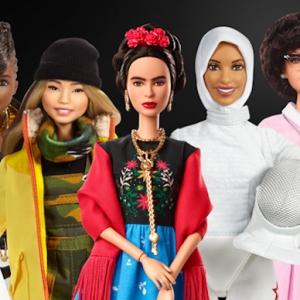 Barbie dévoile Adwoa Aboah en tant que dernière « shero » pour le 60e anniversaire de la poupée