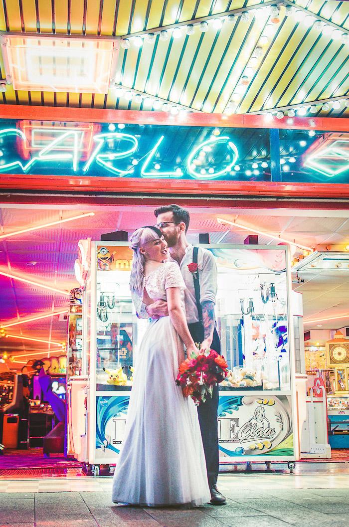 Mariage dans parc d'amusement, jeux anniversaire adulte, animation mariage originale