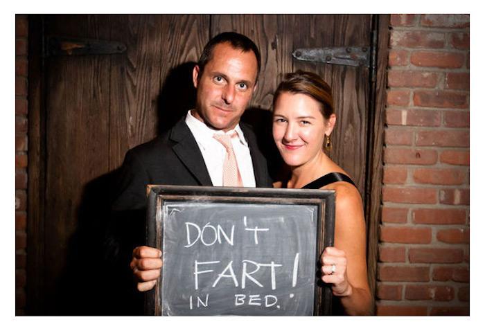 Couple conseils, idée originale pour un photobooth ardoise, jeu soirée anniversaire adulte, animation mariage originale