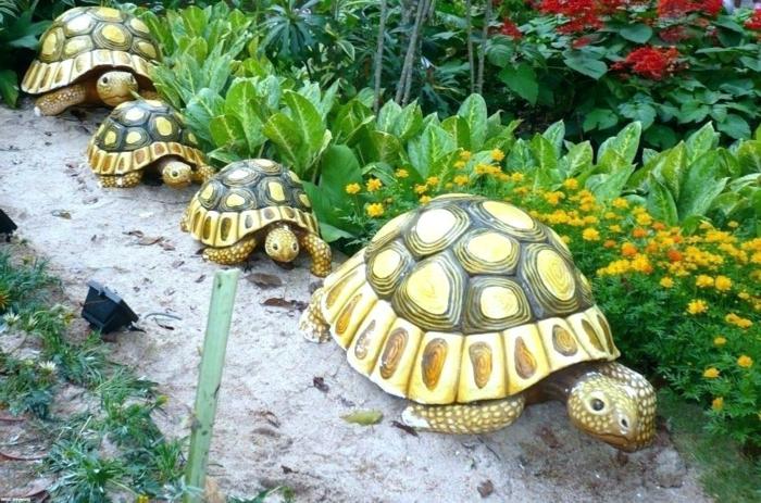 tortues pour le jardin, parterres de fleurs, allée de jardin, deco exterieur, image jardin