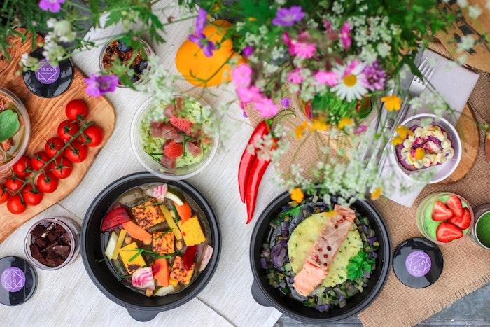 Cool idée repas pour quatre personnes, idée repas anniversaire, idee apero dinatoire et plat principal saumon