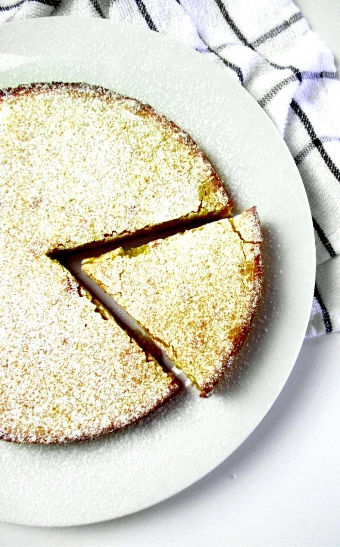 recette facile et rapide de gateau aux amandes et au citron sans gluten avec du sucre glace, moelleux sans gluten