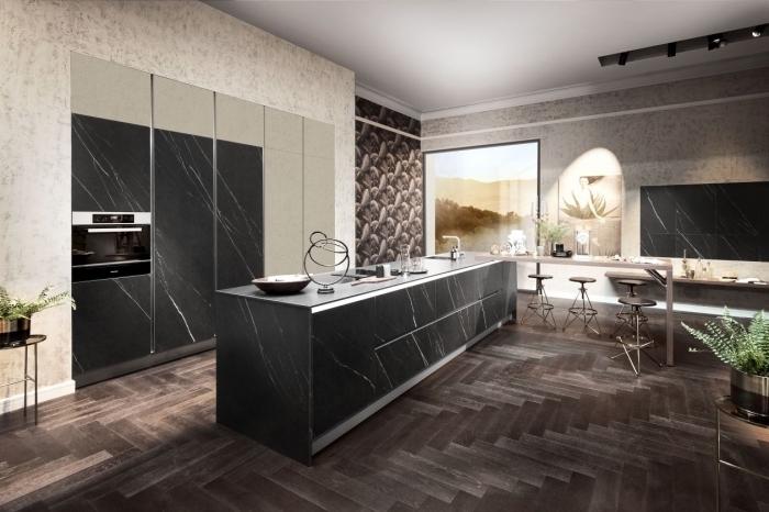 design contemporain dans une cuisine ouverte avec îlot, exemple meuble de cuisine pour rangement fermé du plafond au plancher