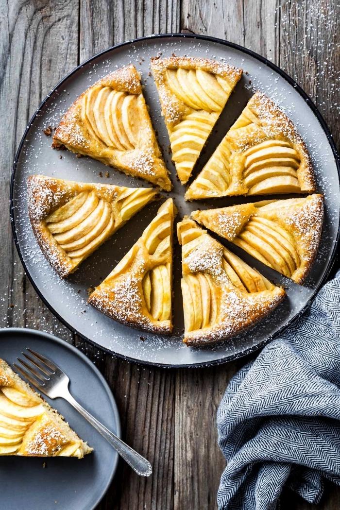 dessert sans gluten facile et rapide, recette de gâteau allemand aux pommes, à la farine de flocons d'avoine sans gluten