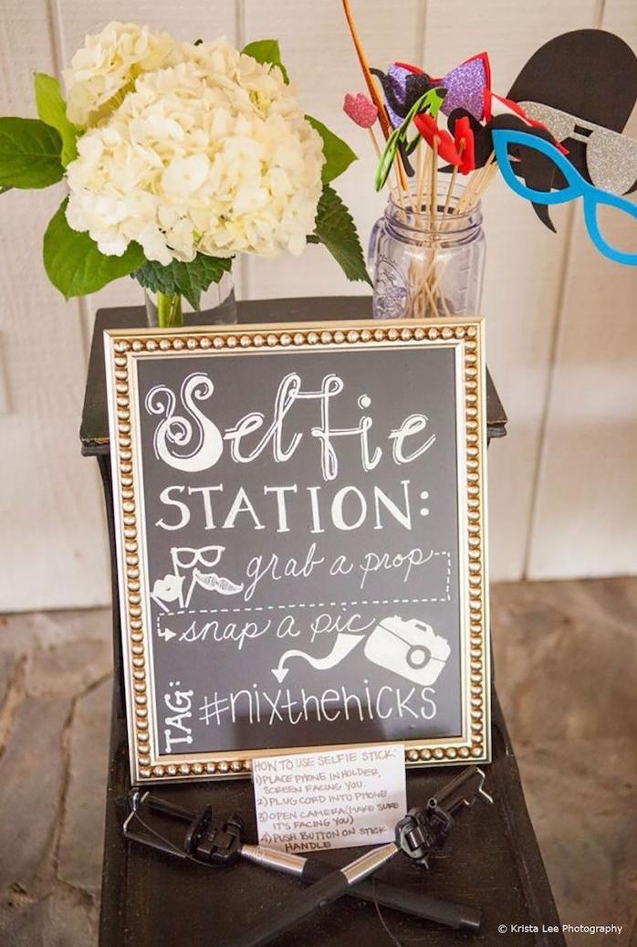 Photobooth selfie station, jeu de groupe drole, jeux mariage, chouette reception de mariage