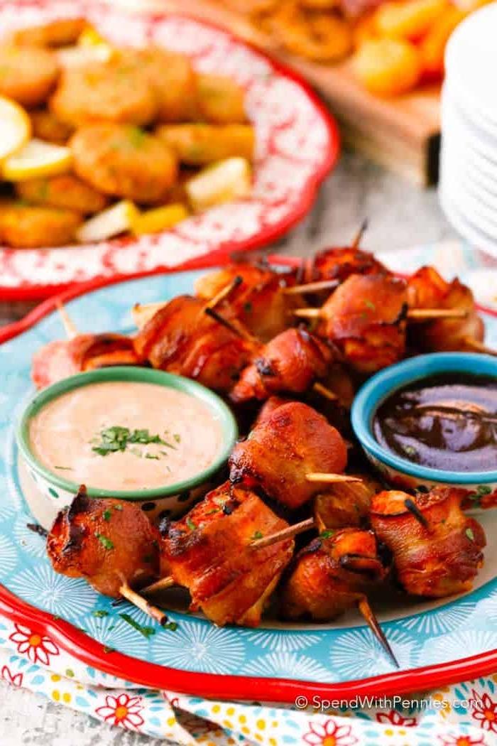 Le meilleur repas de fete en brochette, idée repas anniversaire, manger bouger, sauces pour les bouchées