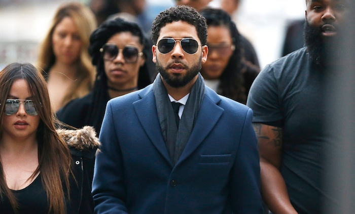 photo de Jussie Smollett se rendant au tribunal pour son audience du 14 mars dans l affaire de faux témoignage de fausse agression raciste