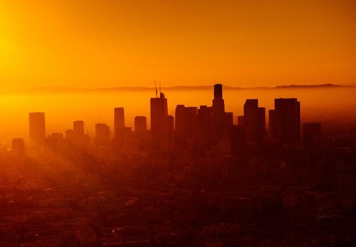 Coucher de soleil et brouillard à San Francisco, fond ecran paysage, photo de paysage urbain, reproduire la photo en dessin