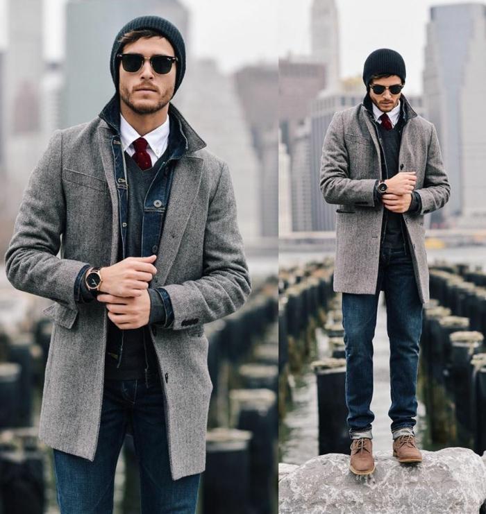 homme habillé en style boheme chic, bonnet tricoté, veste en jeans, cravate rouge et chemise blanches, pull giris