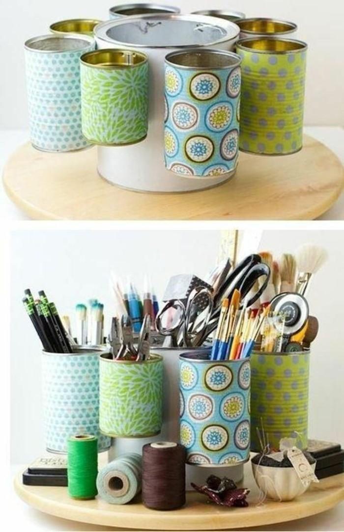 fabriquer des organisers bureau en canette, comment recycler les boîtes de conserve, diy accessoire bureau