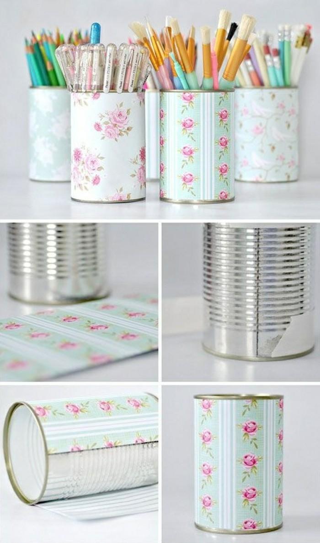 activité manuelle recyclage, comment transformer une canette en porte-crayons, décorer une boîte conserve avec papier
