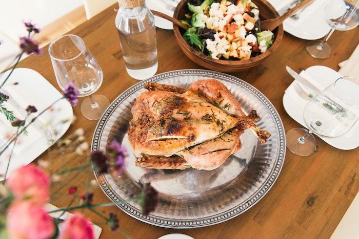 Poulet roti idee diner, idée repas pas cher, apero dinatoire original, diner pour toute la famille