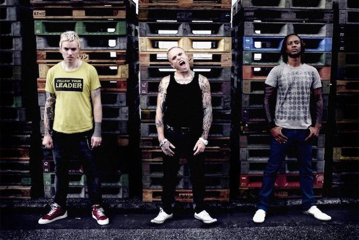 photo du groupe the prodigy avec keith flint au milieu, retrouvé mort chez lui à l'age de 49 ans