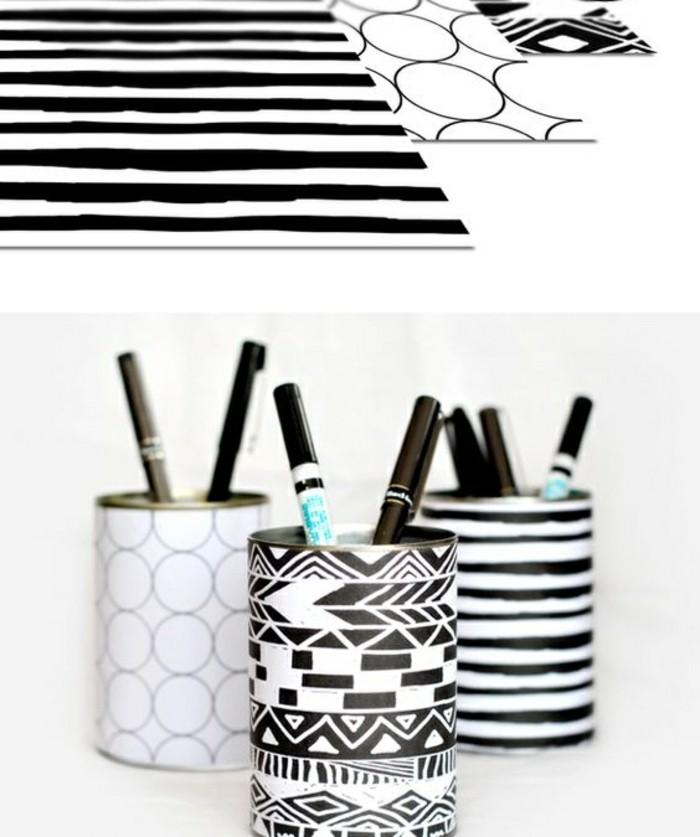 idée boite de conserve deco facile, comment transformer une boîte de conserve en porte-crayon stylé en blanc et noir