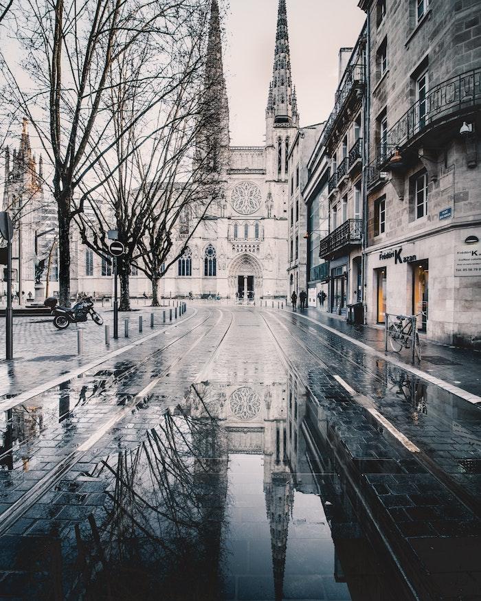 Ville europeen paysage de beauté, paysage ville gothiques bâtiments, choisir le plus beau paysage pour son fond d'écran téléphone portable