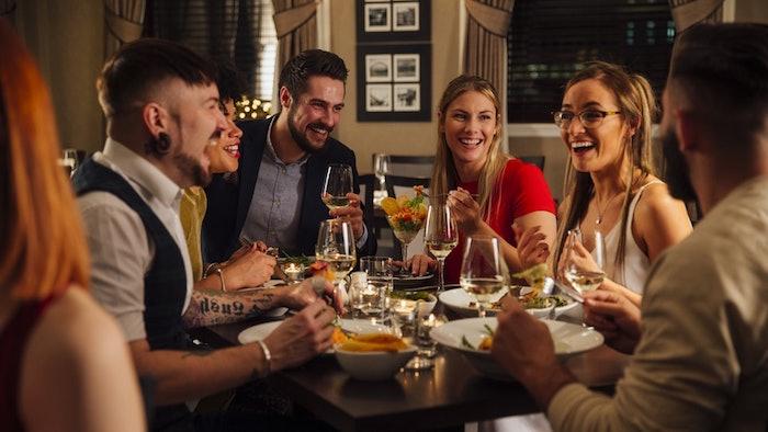 Célébrer son anniversaire avec amis, plat convivial, apero dinatoire original, simple preparation amuse bouche table