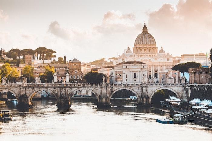 Rome paysage urbain, la rivière vue de Vaticane paysage ville, fond d'écran paysage pont et rivière