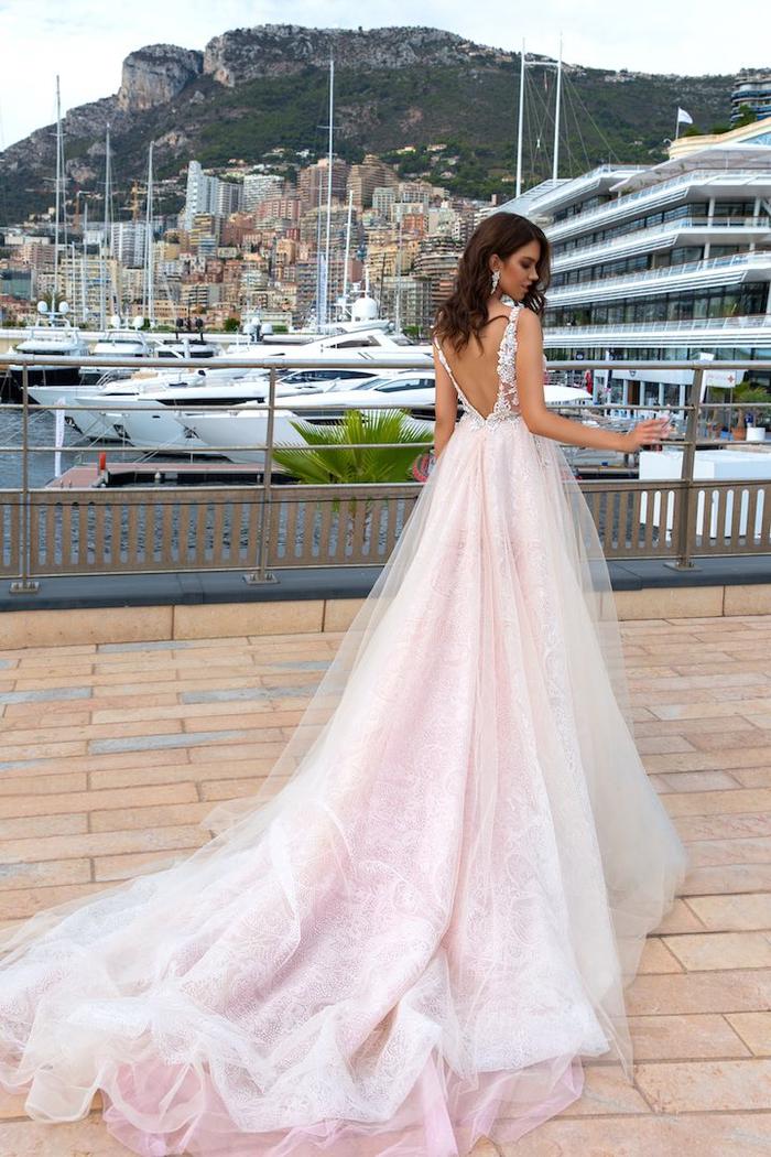 Rose robe de mariée pas cher, magnifique idée quelle robe de mariée choisir, dos coupe de coeur