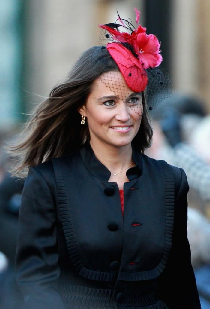 Pippa Middleton, chapeau bibi rouge, voilette cage noire, chapeau pour mariage