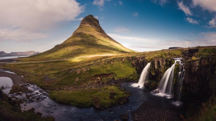 comment prendre de belles photos, jeu de lumières sur un cadre photo naturel, fond d écran magnifique avec chute d'eau
