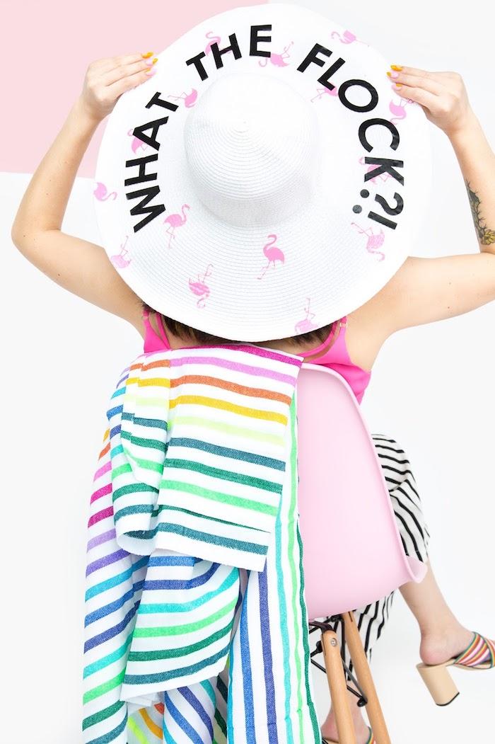 exemple cadeau fête des mères à fabriquer, idée comment décorer ses vêtements ou accessoire avec la technique transfert sur textile