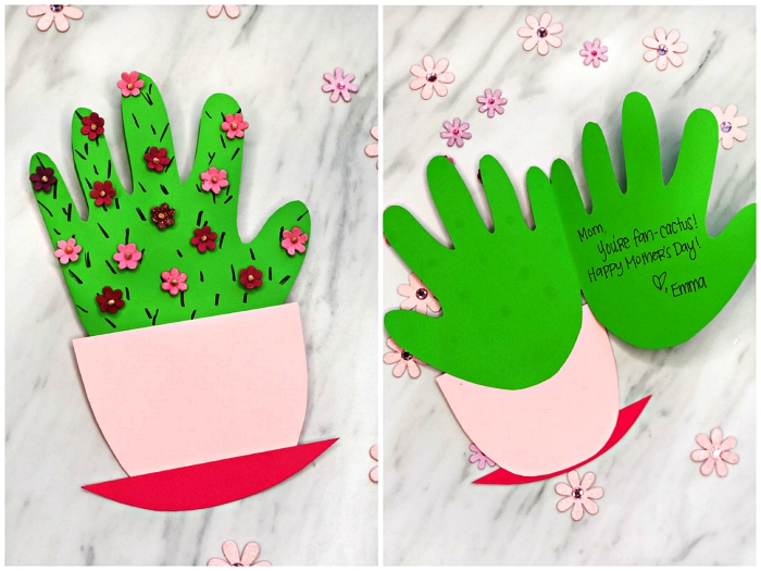 bricolage fête des mères pour tout petit, carte fête des mères en forme de cactus en pot décoré de petites fleurs