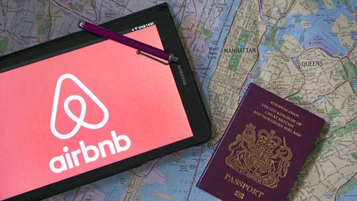 Plus il y aura de contenu, plus nous attirerons les gens a déclaré Chris Lehane, porte-parole d'Airbnb qui envisage d'investir le monde des médias en streaming