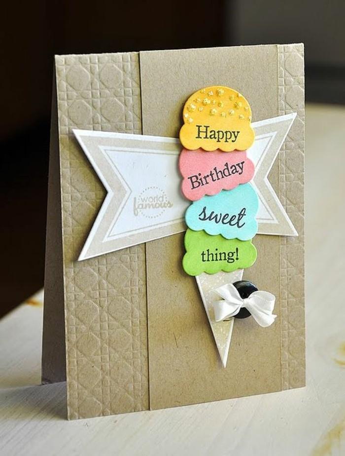 une carte d'anniversaire à faire soi même en scrapbooking, carte de voeux en papier kraft décorée d'un cornet à glace