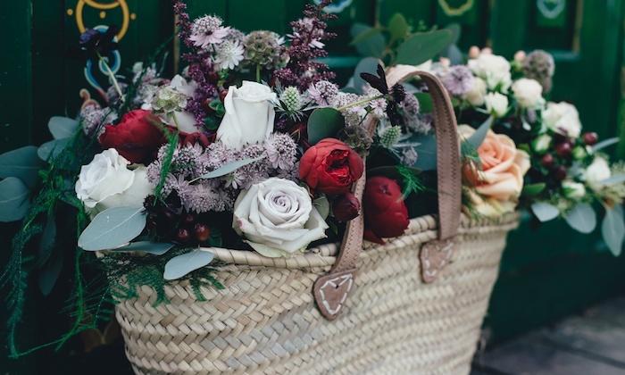 Basket de fleurs d'été, belle image de fleurs bouquet spécial, cadeau fete des meres, bonne fete des meres, la beauté de la nature en carte