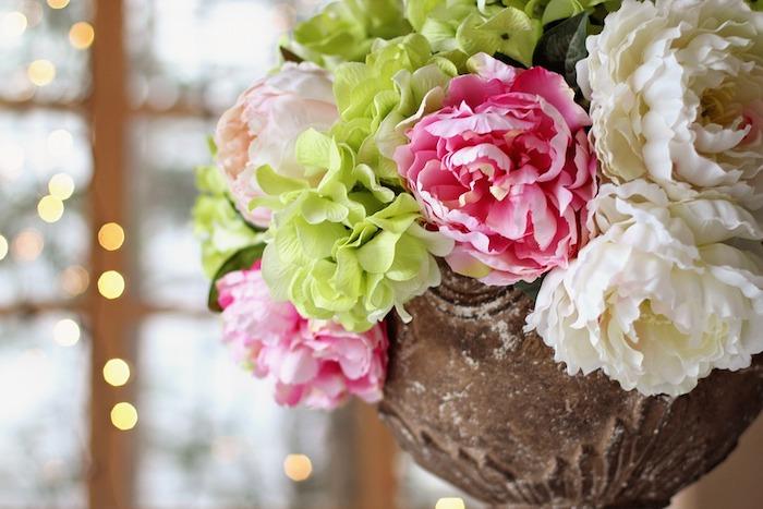 Bouquet de fleurs hortensias et pivoines, fete des meres cadeau, bonne fete des meres, belle photo pour fond d'écran