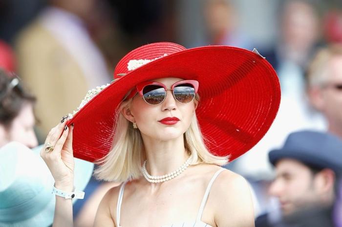 803600b2da ▷ 1001 + idées de chapeau de mariage joli et élégant