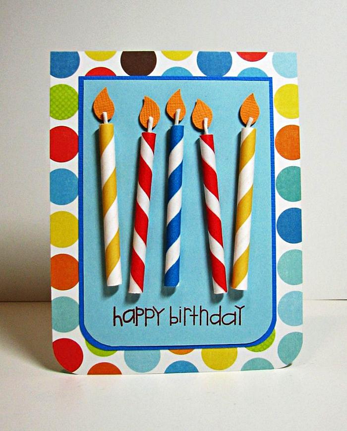 carte anniversaire a faire soi meme à motifs pois multicolores décorée de bougies en papier