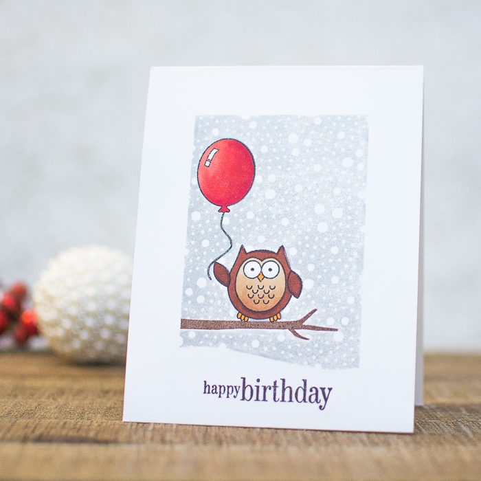 carte anniversaire enfant personnalisé à motif hibou perché sur une branche, carte de voeux personnalisée avec des tampons transparents