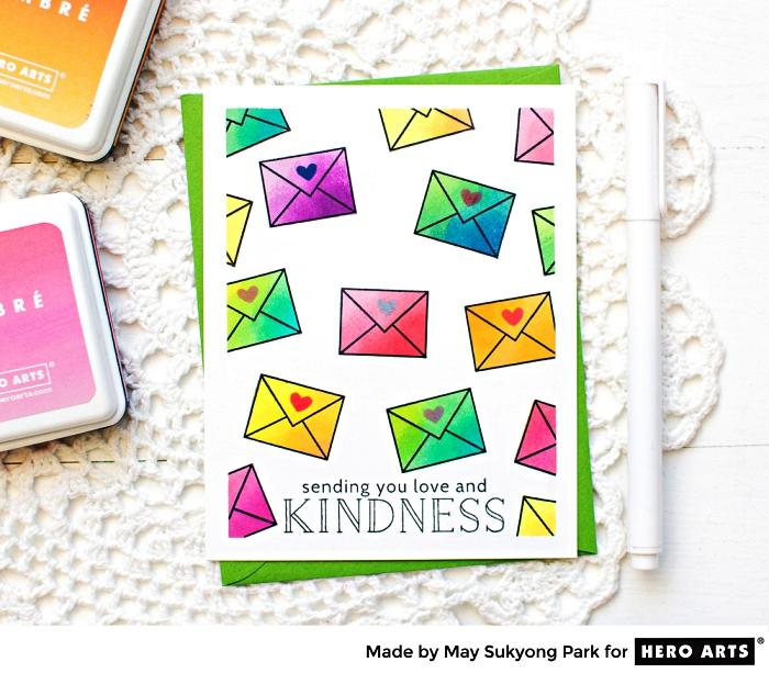 jolie carte bonne fête personnalisée à motifs enveloppes tamponnés, à l'encre en dégradé