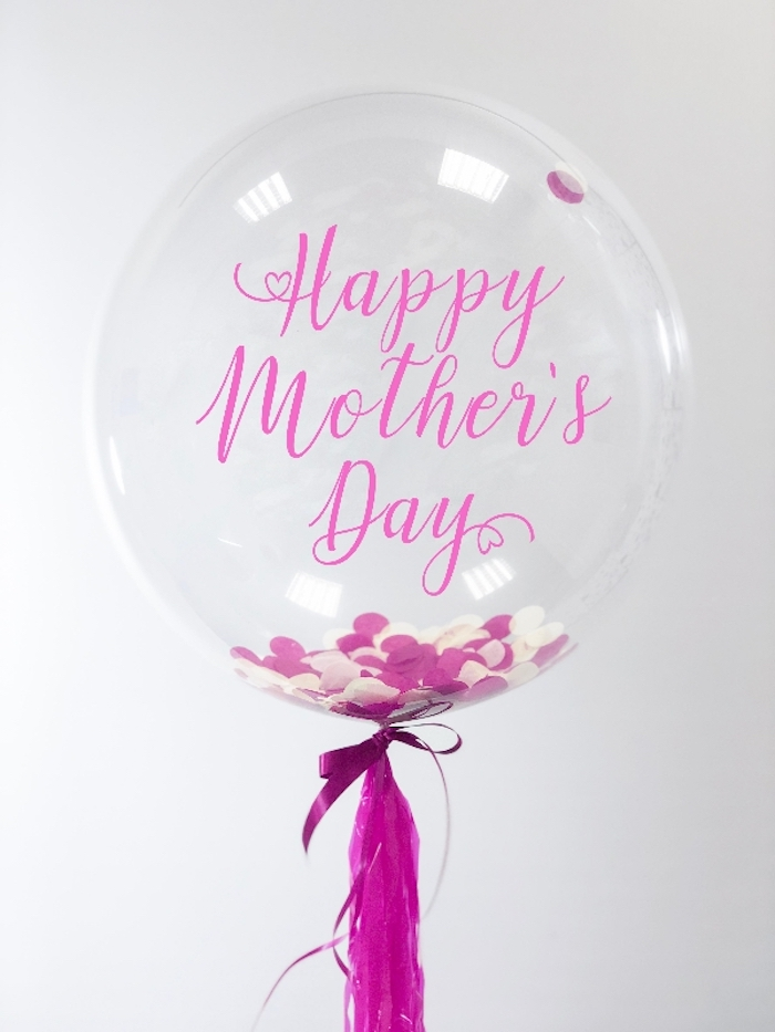 Ballon pour célébrer la fête des mères, saluer toutes les mères pour son jour, bonne fête des mères, photo fete des meres, bonne fete a toutes les mamans