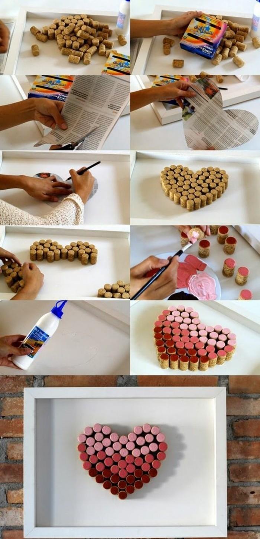bouchons de liège colorées en différents tons et formant un coeur, figure de coeur encadrée