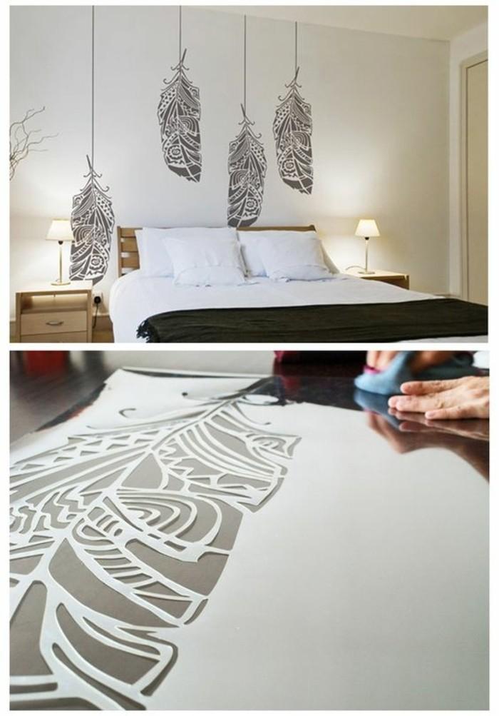 dessin de grandes feuilles suspendues, lit plateforme, chevets avec des lampes abat-jour