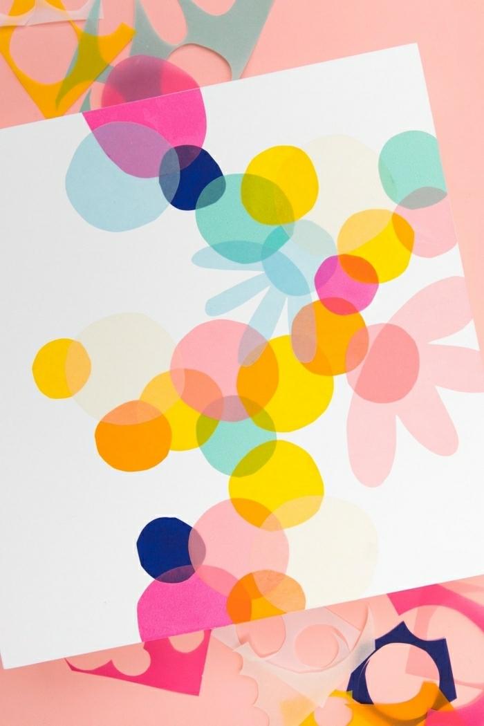 deco murale originale, image de figures colorées, feuille en papier, décoration murale à faire soi-même