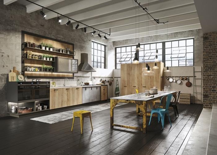 comment décorer une cuisine bois et gris de style industrielle, idée meuble style industriel, éclairage rail industriel