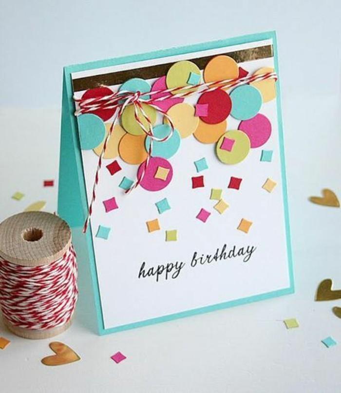 carte d'anniversaire à faire soi même en papier blanc et vert ornée de confettis multicolores, à l'écriture manuscrite