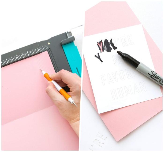 jolie carte anniversaire femme en rose et blanc avec message en lettres découpées et collées noires façon tableau à message
