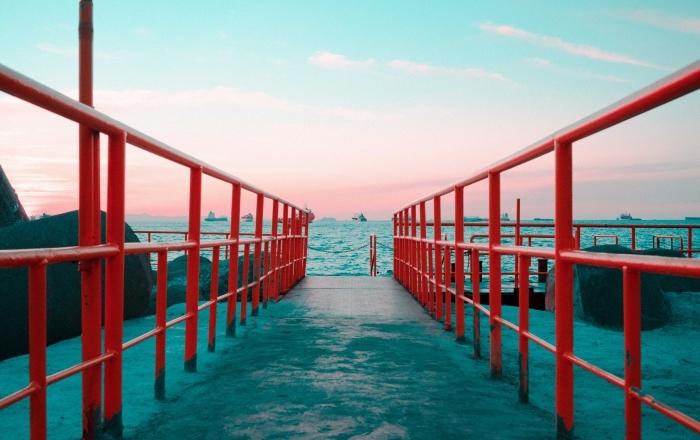 quelle photo choisir pour wallpaper, idée fond d écran magnifique avec paysage naturel, photo lever du soleil au bord de la mer